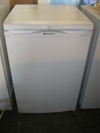WHITE 'HOTPOINT' UNDERCOUNTER FRIDGE WITH SMALL FREEZER COMPARTMENT. GOOD ORDER. VIEW/DELIVERY POSS