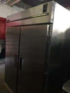 Stainless true tg2fri-2s double roll in freezer ( like new ) only $2795 !!! Save $$$  Thousands , Can ship in  Canada