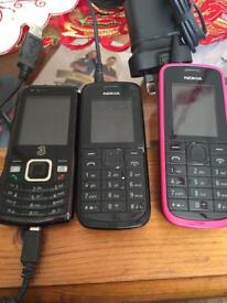 Job lot 3 mobile phones