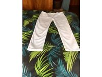 White cropped jeans size 16