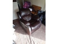 BROWN LEATHER RECLINER ARMCHAIR SOFA HOME