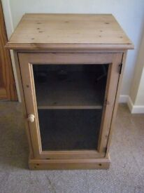 Solid Pine Stereo/Hi-fi Cabinet