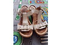 Ladies white leather gabor comfort slip on sandles UK 6.5