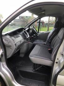 Vauxhall Vivaro Sportive LWB Crew Van 3 (63) £8000 ovno