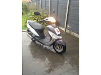 Peugeot V Clic 50CC Moped bike