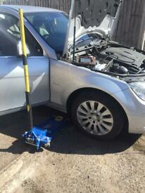 ORIGINAL mobile tyre fitting and car services Bringing safe services to your convenient place.