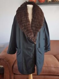 GERRY WEBER SPORT beautiful padded Oversized coat faux fur collar size 14