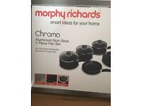 *BRAND NEW BOXED* Morphy Richards 5-Piece Pan Set with 6-Piece Tool Set - Black