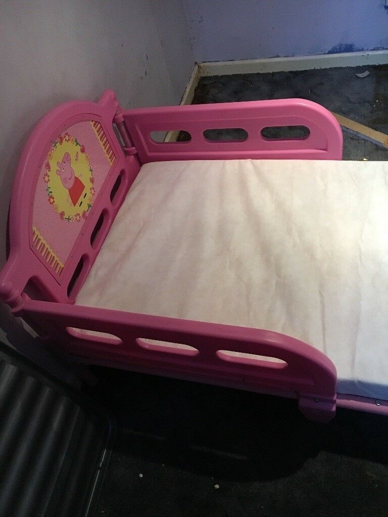 Girls junior peppa pig bed with guard and some sheets Mattress and quilt cover