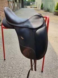 Wintec Isabelle Werth Dressage Saddle