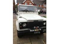 Land Rover Defender LHD on 05' plate
