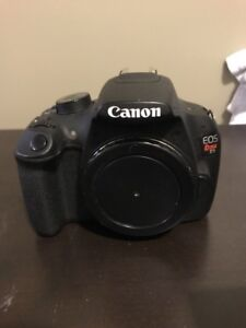 Canon rebel t5/75-300mm/18-55mm/5 batteries/2 chargers