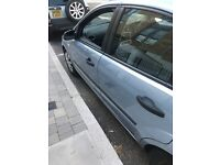 Ford Focus 1.6 blue