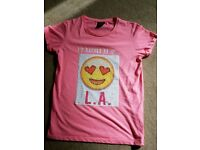 Emoji Girls Pink T-shirt tgat can change faces. Age 12-13yrs