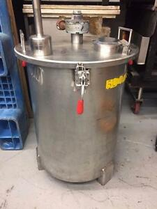 Stainless Mixing tank, 100 Litre, Pneumatic Agitator