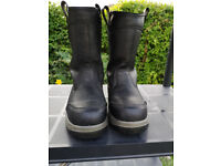 Safety Boots, Size 7