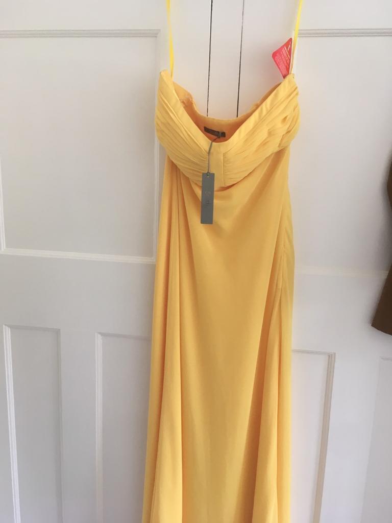 Stunning yellow Dress