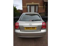 Toyota AVENSIS 2007: 3 keys, new tyres, 2nd owner from new