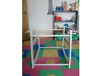 Moses basket rocking stand in white-Babies R Us