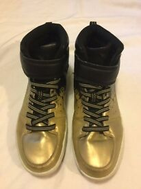 Boy's H&M Boots size 6, worn but still v.gd. cond. Gold, black and white