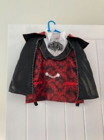 Halloween costume Dracula age 5-6