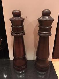 2 Wooden Decorative Chess Pieces