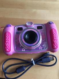 VTech kiddizoom camera duo in pink.