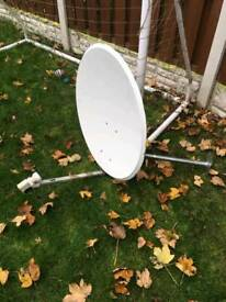 Antenne satelite for sale.