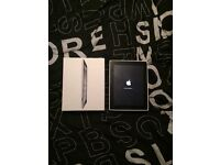 APPLE IPAD 2 BLACK 16GB - comes in original box with charger - £200 ono