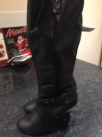 NEW!! Black leather long boots size 6 EEE fitting