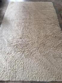 Large cream Rug 160x220 cm. 20 pound. Can also deliver