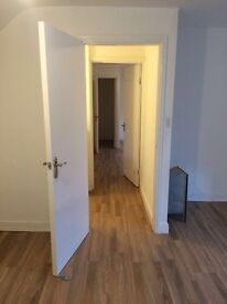 Large self contained 1 bedroom second floor flat to let