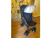Maclaren Techno XT stroller with footmuff/sleepingbag and raincover