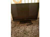37inch panasonic tv comes with remote and built in freeveiw perfect condition