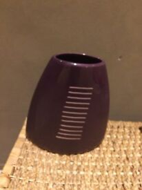Purple vase, great condition with no chips from pet and smoke free home