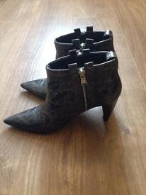 Luciano Barachini Ankle Boots