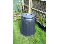 Green Garden Compost Bin