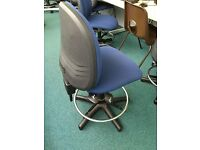 Computer Swivel Chairs (without wheels) FREE