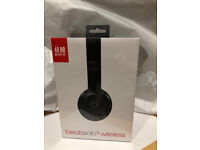 Beats Solo 3 Wireless Bluetooth Gloss Black Brand New Unopened Box