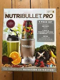 Nutribullet PRO - BRAND NEW BOXED UNOPENED ITEM. BLENDER SMOOTHIES JUICER - 9 Piece Set