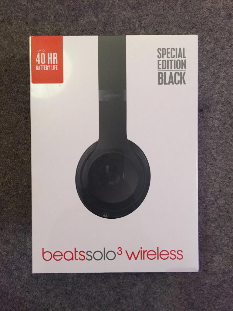 Beats solo 3 headphones - Brand New! Special Edition Black
