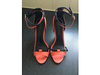 Double buckle contrast heels size 7