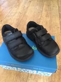 Clarks Deaton Boys School Shoes (7.5F)