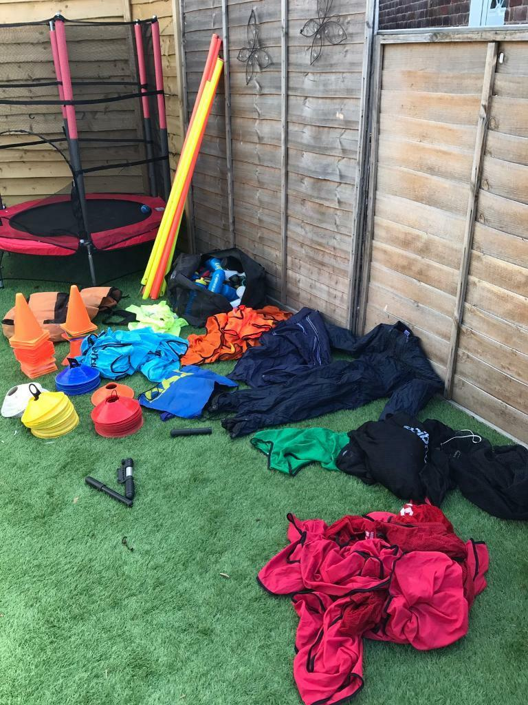 Training kitin Sunderland, Tyne and WearGumtree - Training equipment includes poles bibs about 10 of each colour. cones pumps Umbro jacket warm up suit also have other bit I will throw in
