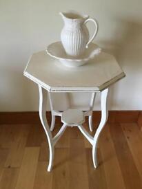 Gorgeous Octagonal Lamp Table