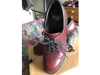 Dr Marten shoes size 5