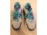 Women's Brooks Running Trainers - Size 7 RRP £100