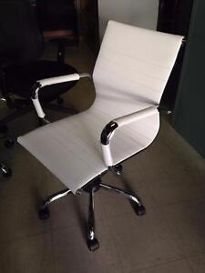 Mobilier de bureau bureau dans qu bec petites annonces for Meuble bureau guimond