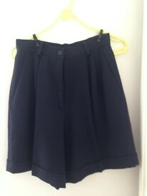 Ladies Shorts/culottes very dark navy - unworn