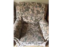 2x lovely arms chairs FREE